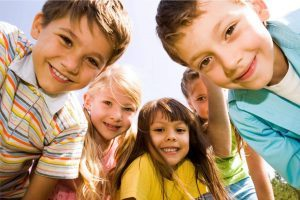 Помощь детям без попечения родителей
